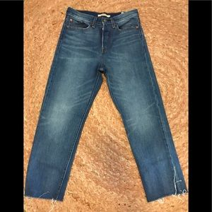 Levi's Wedgie straight Jean size 27
